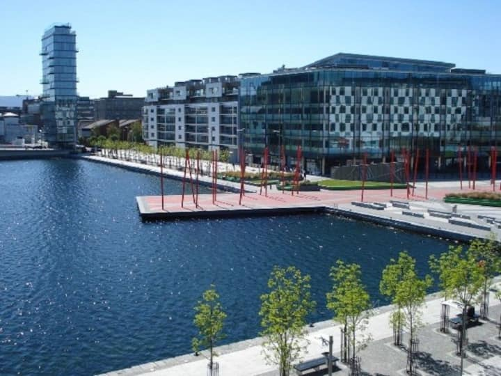 Beautiful Apartment in Docklands