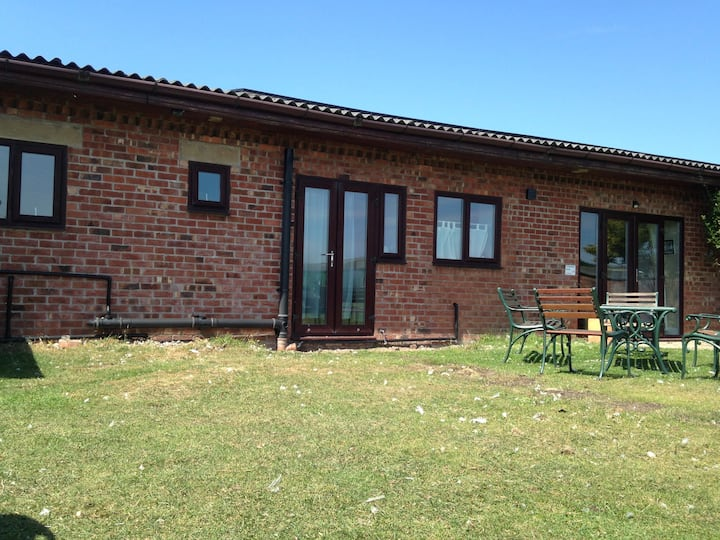 Strawberry Fields (Sleeps 4) Formby Cottages