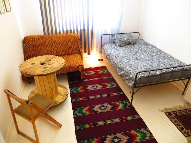 Sailor's dream funky room - Sofia - Apartment
