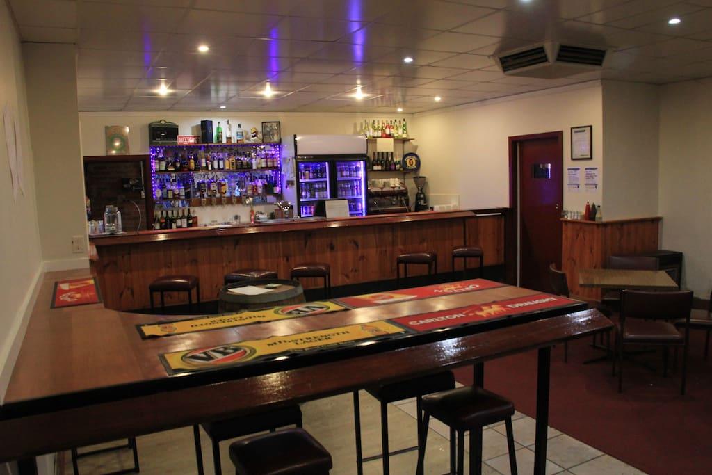 Public Bar 1
