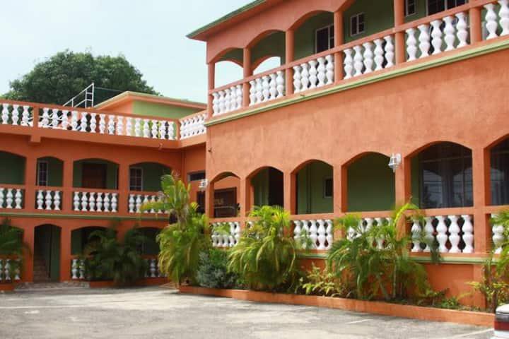 rushbond villa IV
