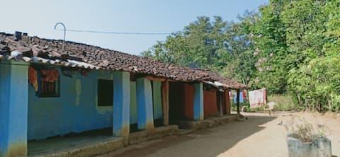 chitaloor earth house