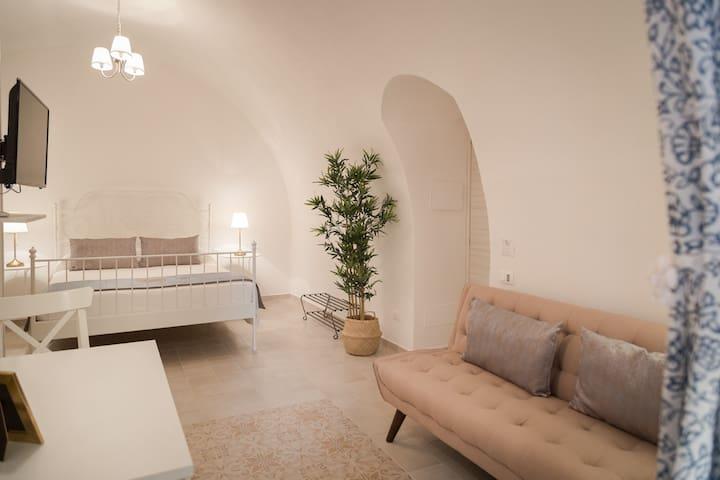 CASA SICILIANA 12 Dream Dome for Couples