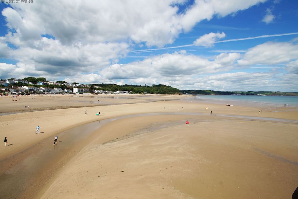 Great family friendly beach within walking distance
