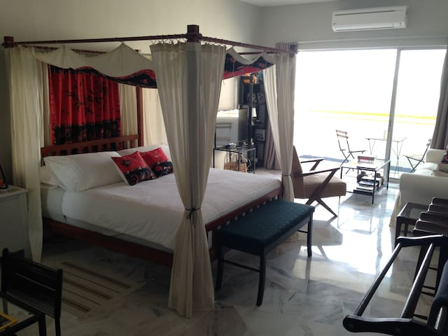 The Bayview - 2 Br 2 Bth 6 Beds - Port Dickson