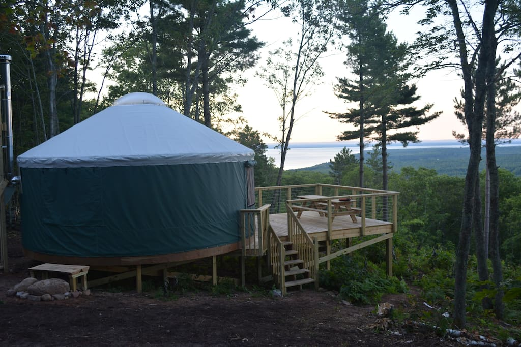 Side view of the yurt, facing the lake.