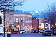 Beautiful Downtown Sandpoint
