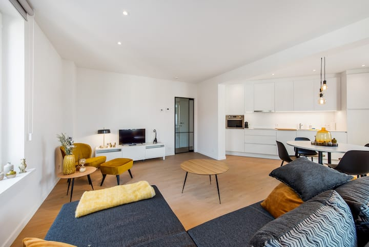 Modern and Stylish appartment in the City Center