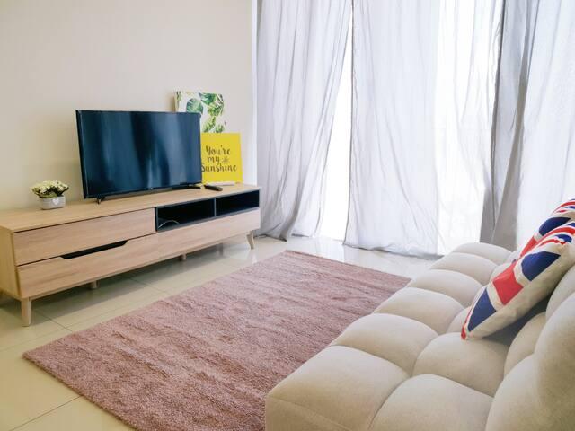 Simple No.5 With Tv Box// Trefoil Setia Alam, SCCC