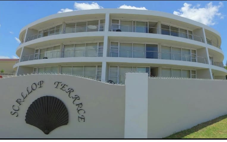 Sea View Apartment in Central Jeffreys Bay