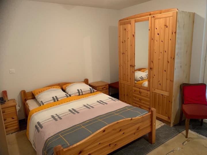 Ruhige Wohnung in Forst-Längenbühl