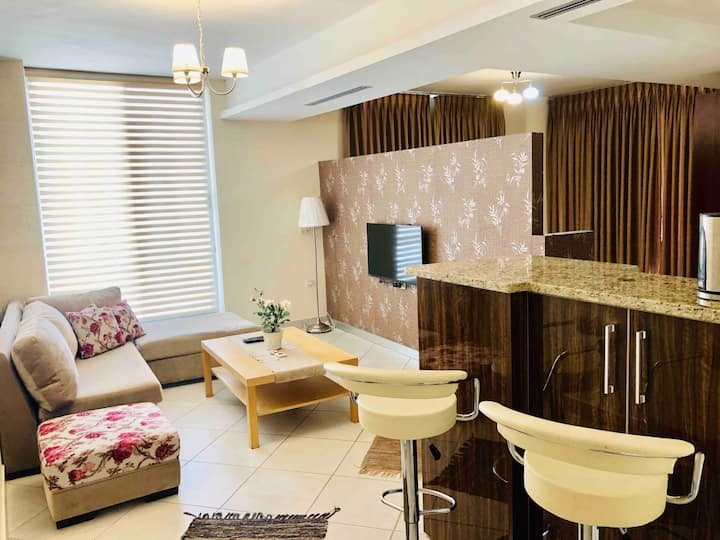 Cozy Luxurious Apt in a great location in Amman!