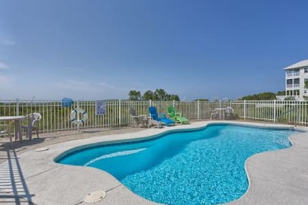 Private Pool, Gulf Front, Secluded Area, Very Quiet ~ Stargazer