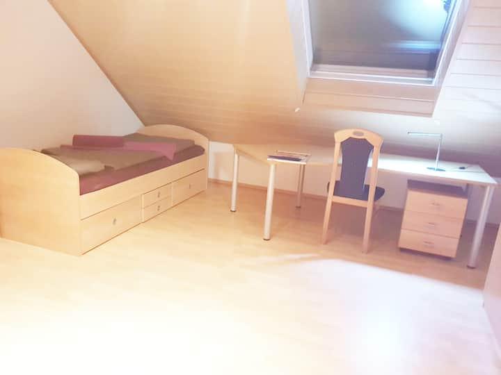 Schönes Zimmer  in Hanau Nähe Frankfurt/Main
