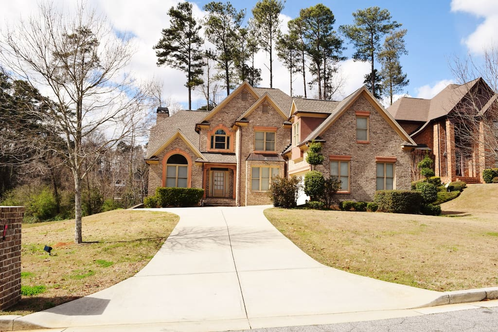 Luxury home in atlanta payment plans available case in for Luxury house plans atlanta ga