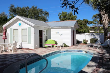 Sol Mate | Carriage home | sleeps 6 | heated pool - Destin - House