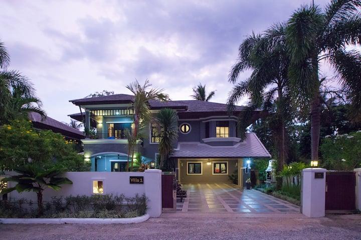Baan Santhiya DELUXE 3 Bedroom Villa (V1).
