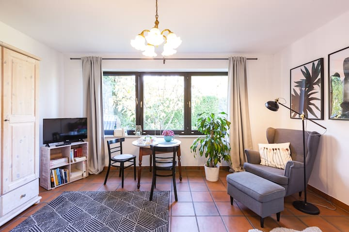 Modern  equipped 1 room apartment in Monheim Rhein