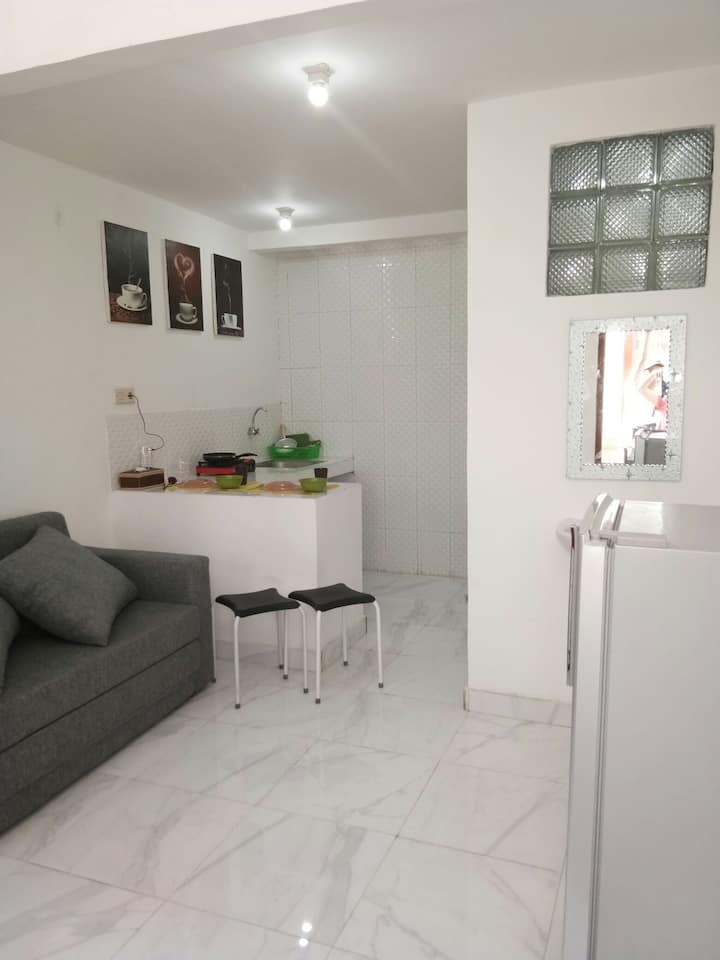$12 cheap loft 1min to carrefour Sunset Rd Dps