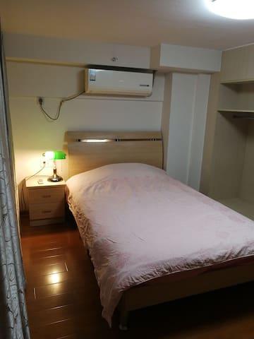 嘉定新城独立房间01single room in jiading district.