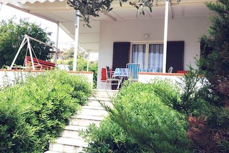 Cozy house near unique beach, 30km from Athens - Kalivia Thorikou - Rumah