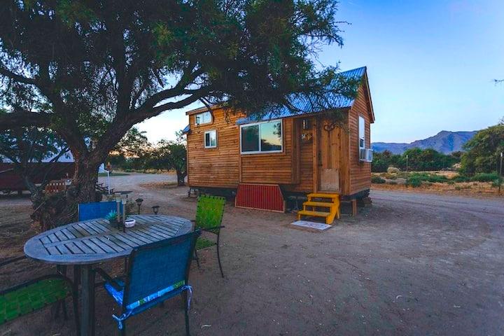 Tiny House near Las Vegas / Hummingbird