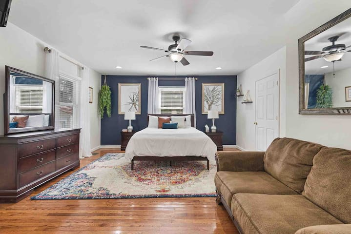 Newly Renovated•In Historic West End•Sleeps 8