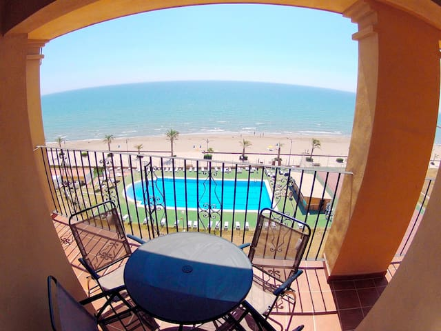 Apt Port Saplaya 1ª Beach Front - Alboraya - Appartement