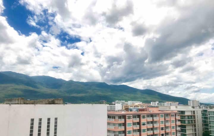 Great mountain view,top floor @ Heart of Nimman