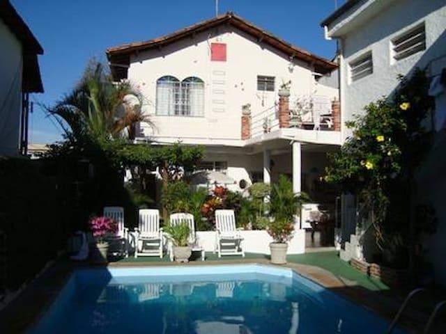 Quarto privativo em Hostel - Belo Horizonte - Ev