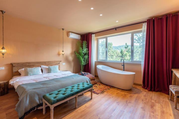 「哈雅民宿」Room 5摩洛哥浴缸大床房
