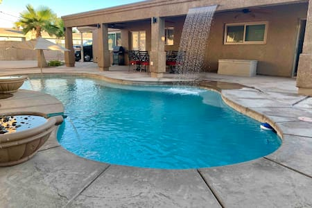 LOCATION LOCATION PERFECT POOL HOME