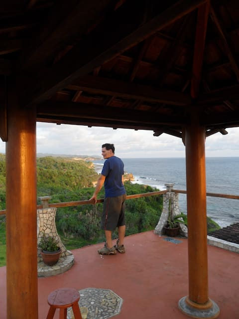 guest house by the sea (villa by the sea 2)