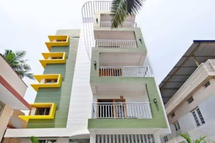 2 BHK Modern contemporary Flat in City center