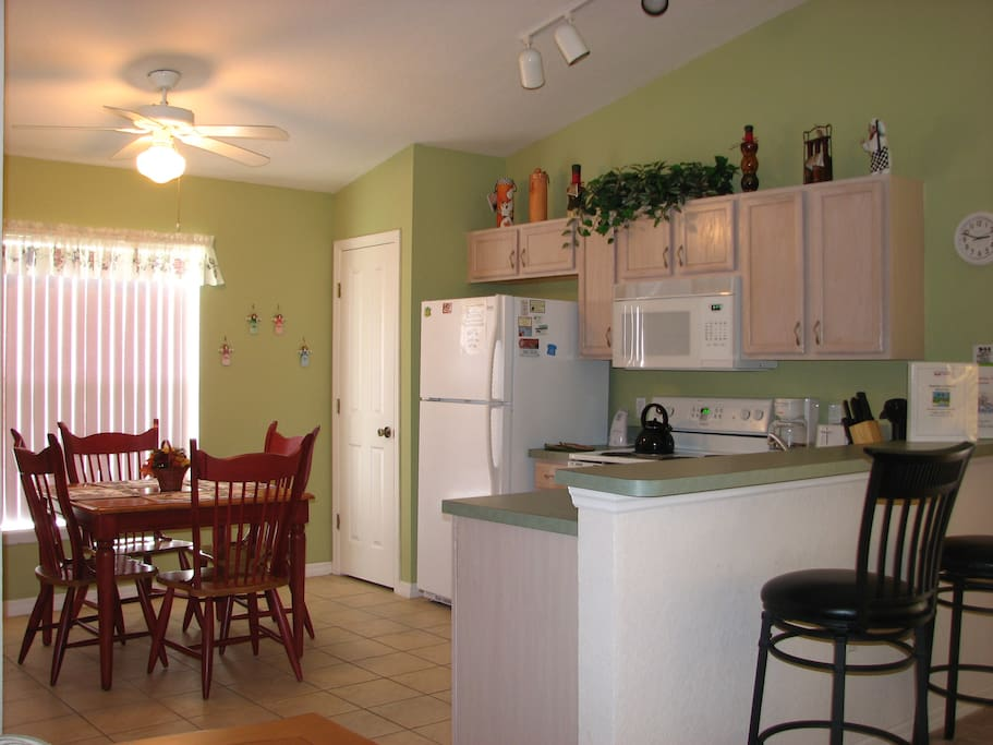 This is the fully equiped Kitchen