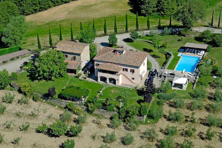 Agriturismo il Castelluccio - Subbiano - Villa