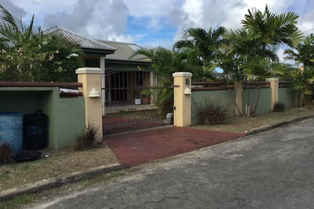 Airy gated property near transport - Dash Valley