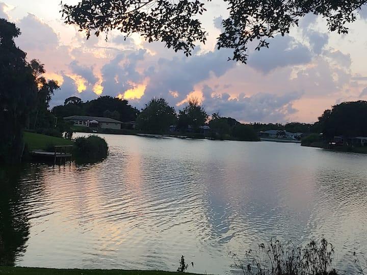 sunset lake an outdoor oasis