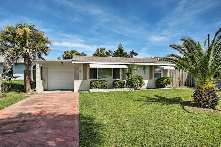 NEW! Ormond Beach Bungalow w/ Patio & Sun Room!