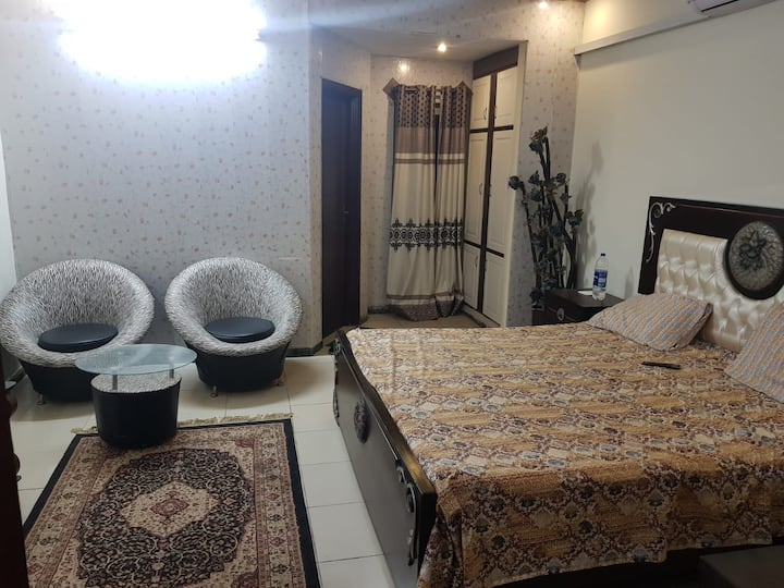 Comfortable 1 bed studio secure and friendly place