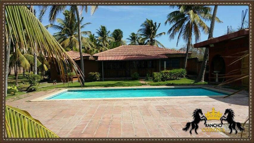 Hermoso Rancho de Playa privado - Miravalle - Casa