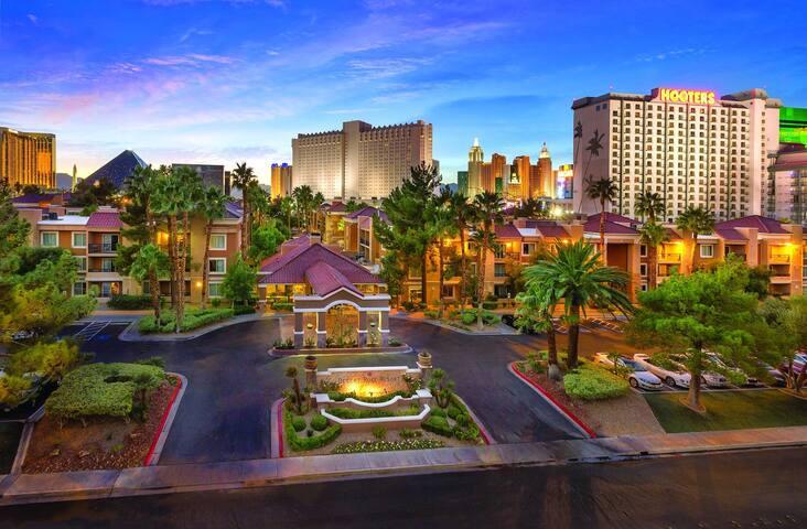 Shell Vacations Club Desert Rose Resort- 1BR - FRI