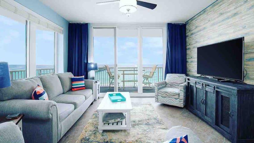 Beachfront $128/night stay during JAN. & FEB.