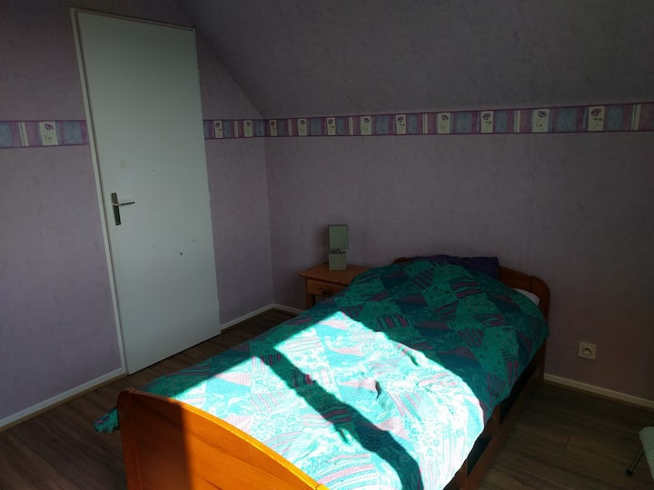 Chambre au calme, proximité Zénith et atlantis