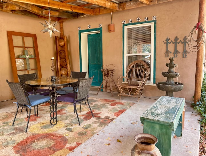 Polly's Hacienda at the Catwalk, 2 Bdrm Adobe Home