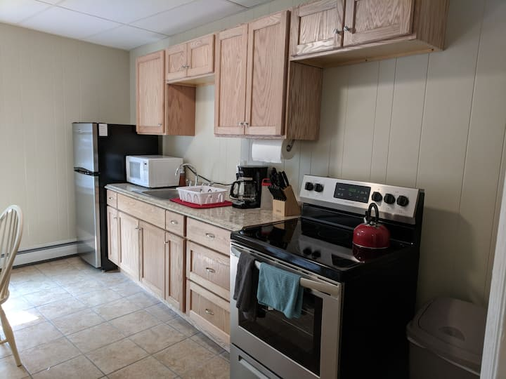 Great Location West end!  Remodeled 1 bed apt