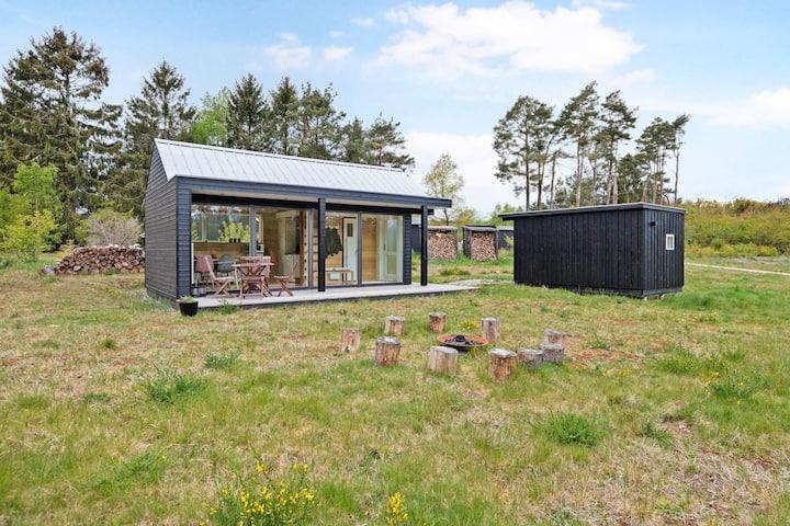 Hyggeligt Tiny house I rolige omgivelser