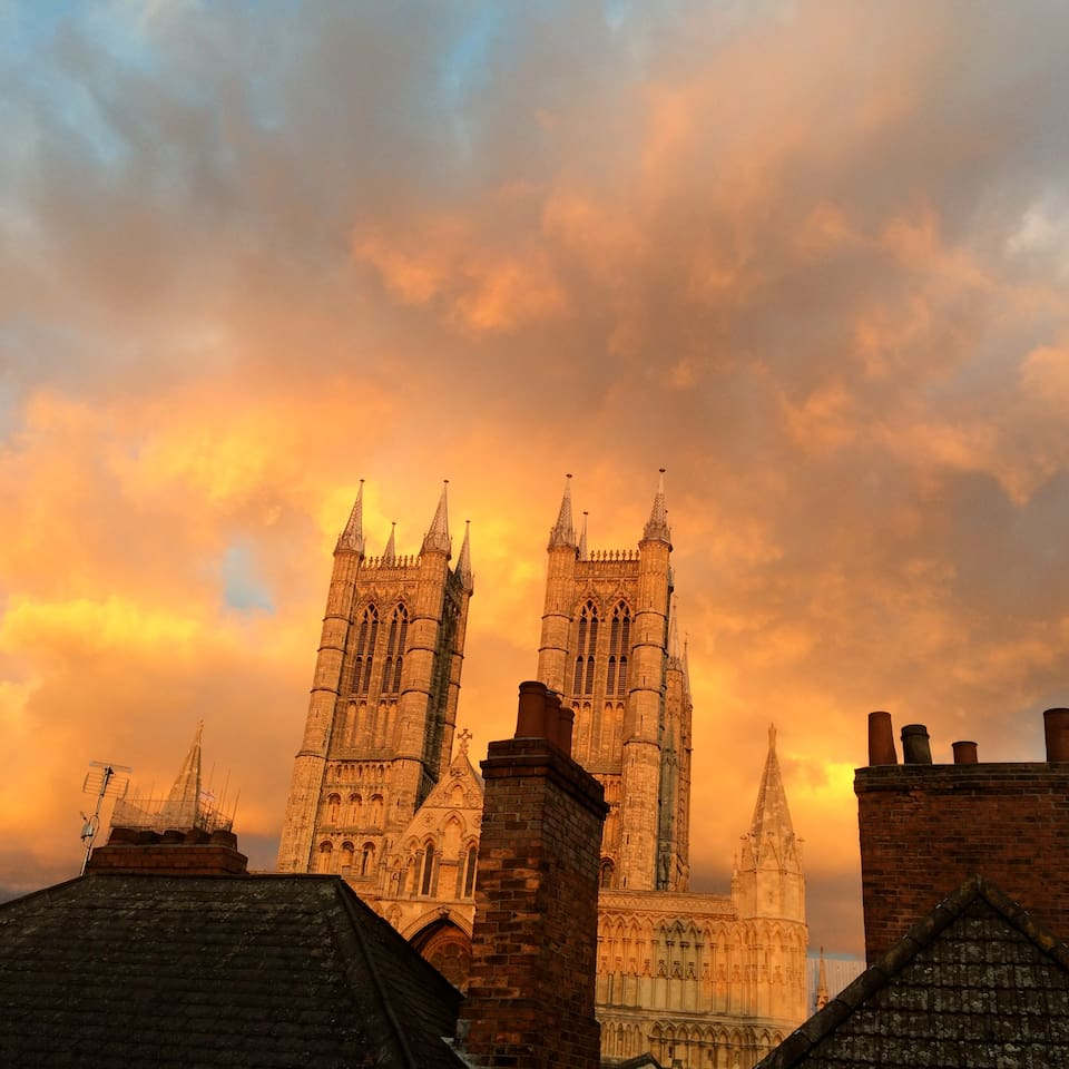 Your room is just a few metres away from our beautiful Cathedral