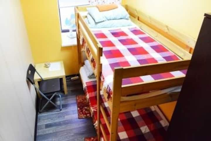 Double room with a bunk bed
