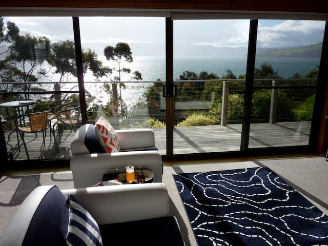 Bruny Beach House - Dennes Point - Dom